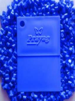 royal-blue-masterbatch